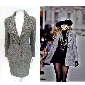 Vntg Chanel Boutique Runway black/white tweed Suit
